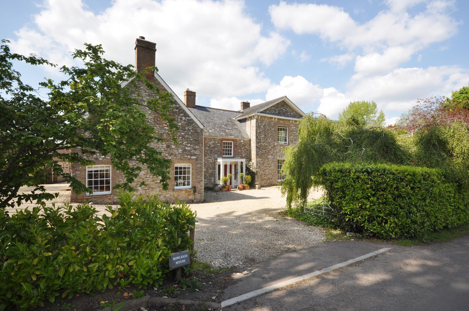 Howleigh, Blagdon Hill. About 3 Acres